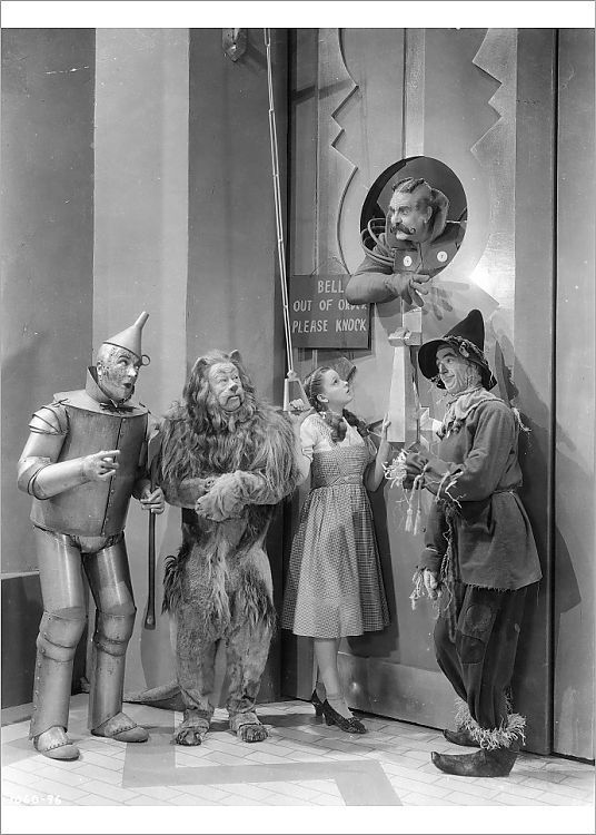 Judy Garland and Victor Fleming in The Wizard of Oz (1939