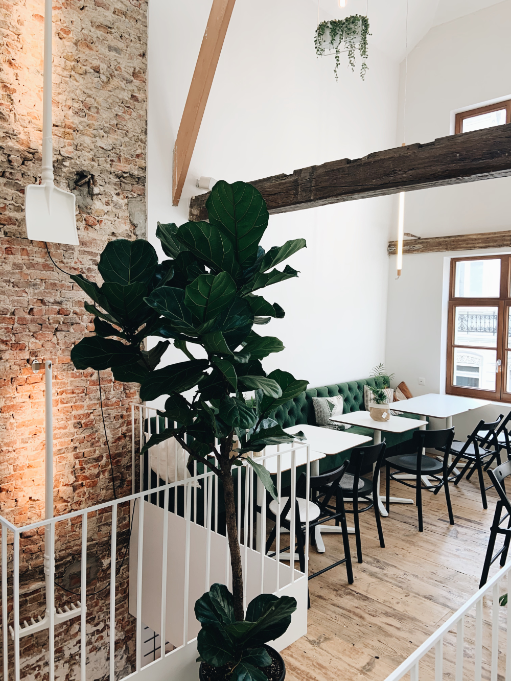 Basiel Urban Greenhouse Brugge In 2020 Kassen Hotels