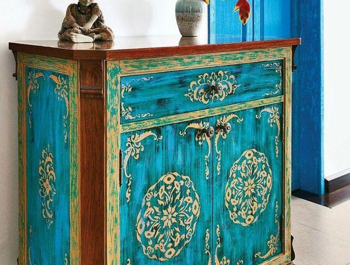 Comment repeindre un meuble? Une nouvelle apparence! Un and Comment - moderniser un meuble en bois