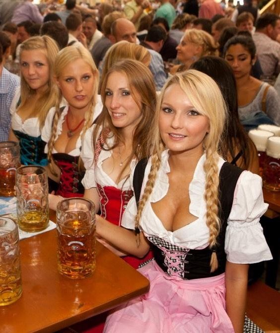 Pin By Zbulon On Oktoberfest Et Dirndl Girls  Pinterest -5812
