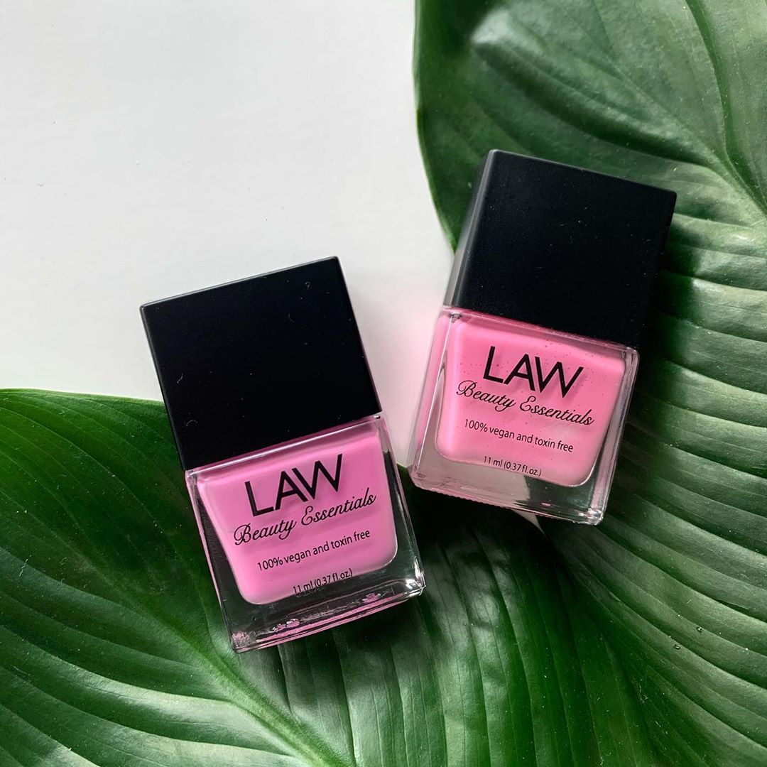 A List Of 25 Black Owned Independently Owned Nail Polish Brands Each Brand Is Vegan Non Toxic Nail Polish Brands Indie Nail Polish Brands Indie Nail Polish