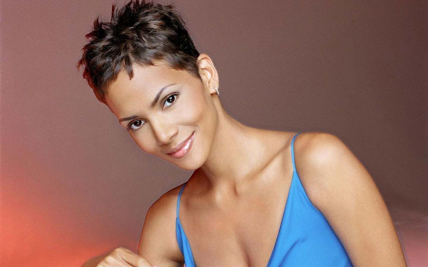 Halle Berry Pixie Haircut Mine Is Curlier But If I Was