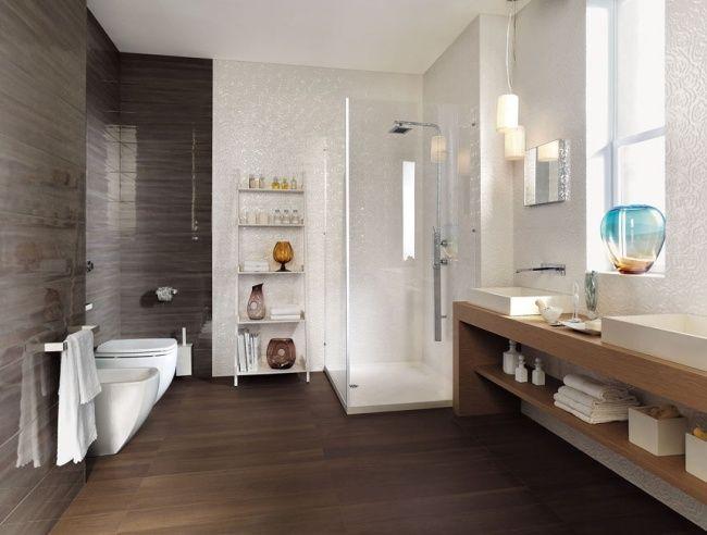 Badezimmer Hochglanz Matt Fliesen Italienisch Holzoptik Weiße Rosen