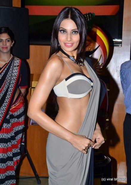 Bipasha Basus Stunning New Print Ads For Irfw 2013 Sexy Actress Hot Navel Sexy Semi Nude Bollywood Actress, Tamil Sex Actress Movies Images Sexy -7638