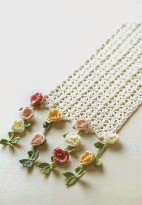 Bufanda con florecillas colgando para primavera - Patrones Crochet ...