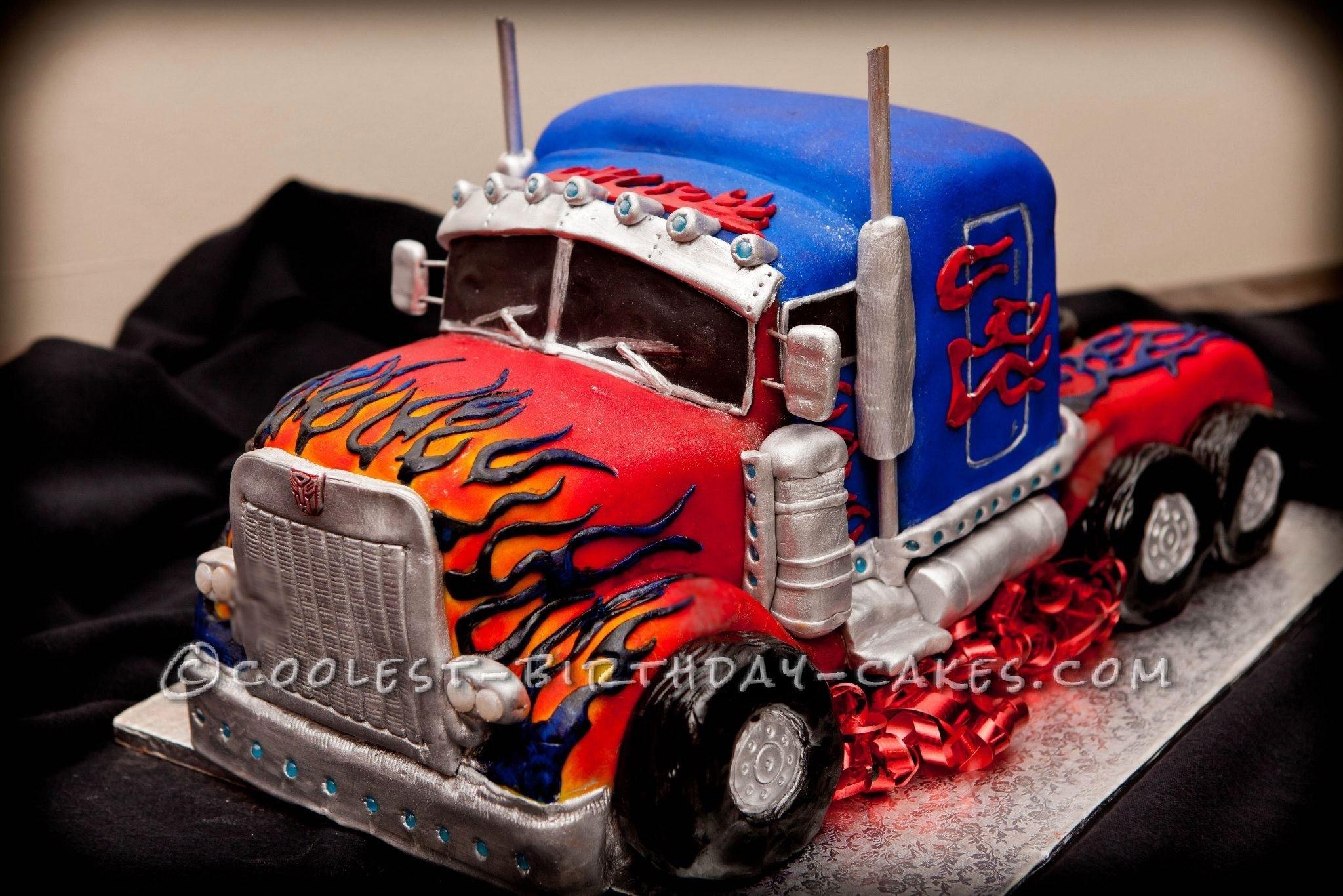 Awesome Homemade Optimus Prime Birthday Cake