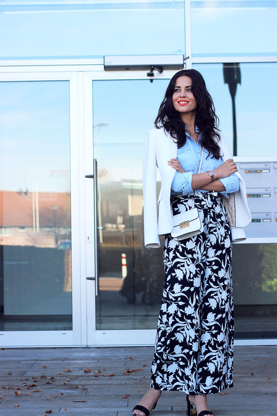 20 Outfits That Will Make You Want To Wear PatternedPants