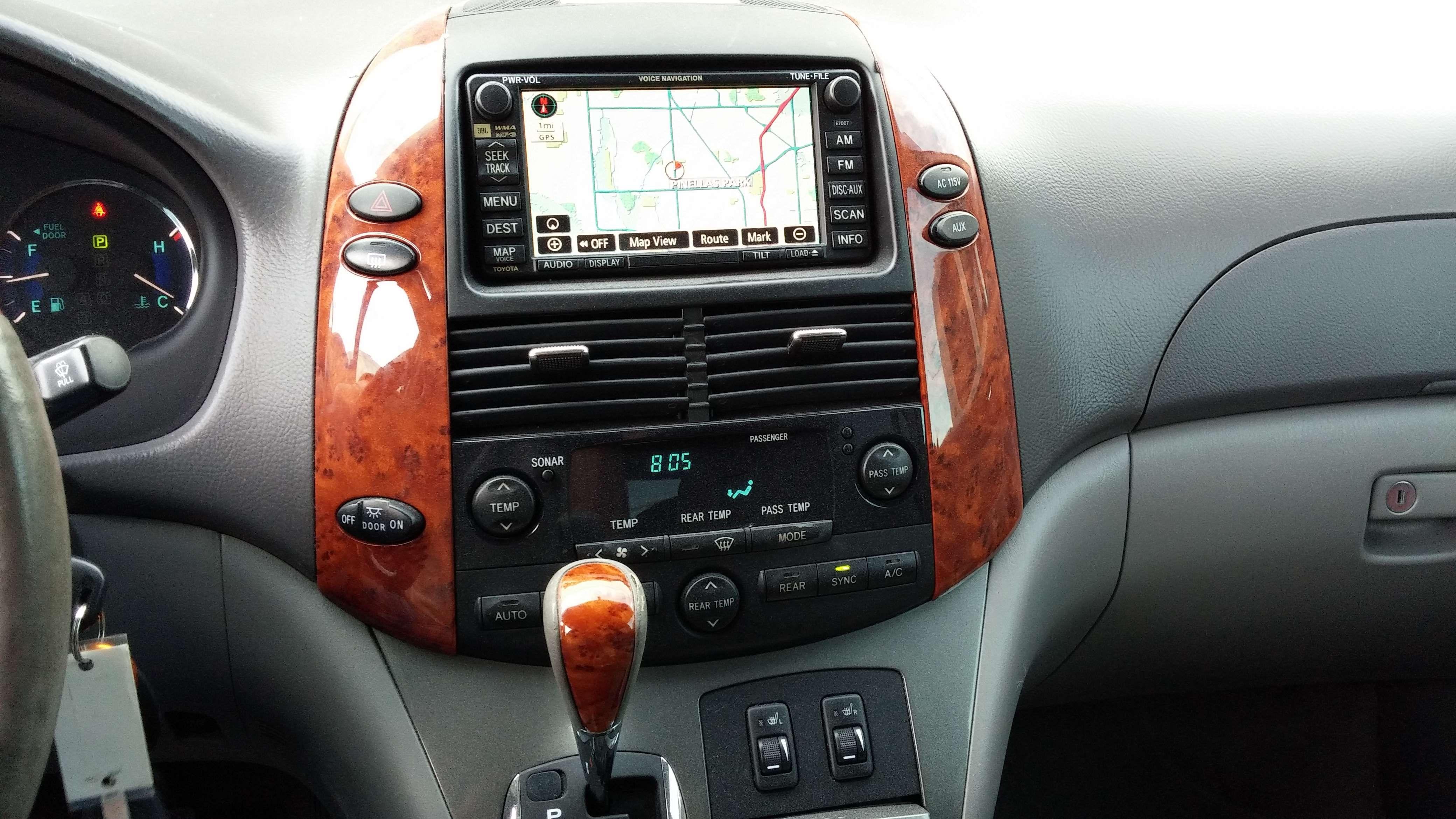 United Car Exchange Toyota Sienna Mini Van Toyota Sienna For Sale