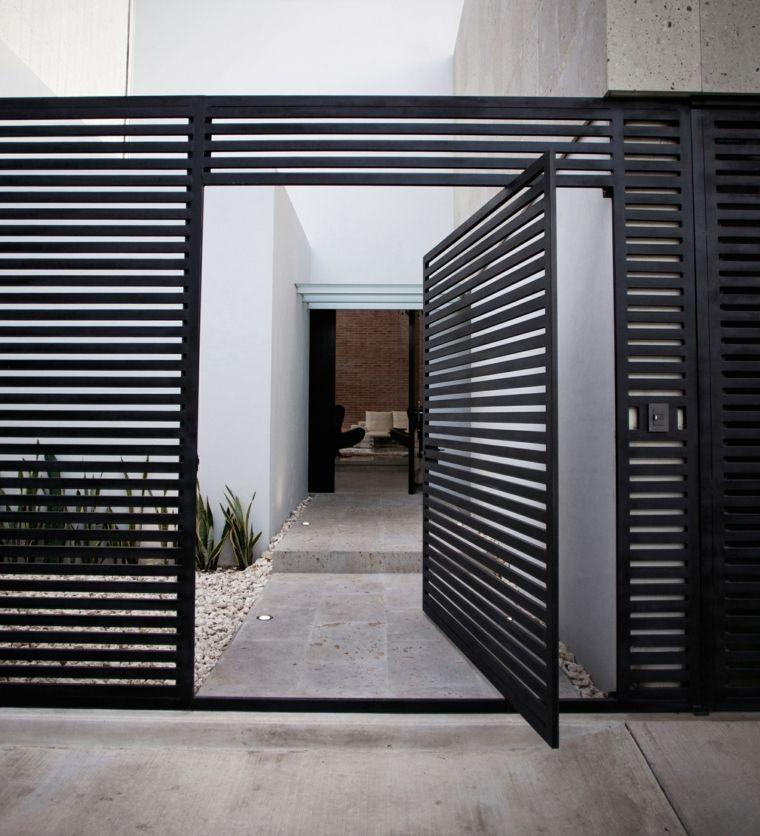 porte d 39 entr e pivotante et l gante en 31 id es portes pinterest doors gate design and home. Black Bedroom Furniture Sets. Home Design Ideas