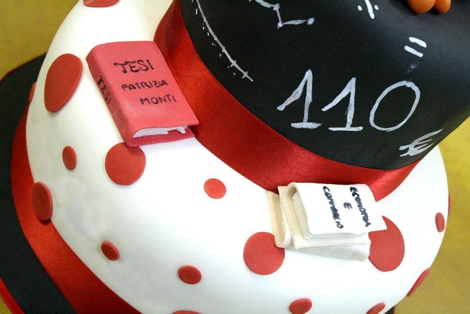 #torta 110 e lode di simocakedesigner.it