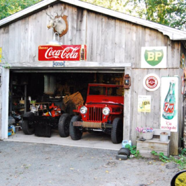 Cj2a willys jeep jeep my love pinterest jeeps old for Garage jeep villeneuve d ascq
