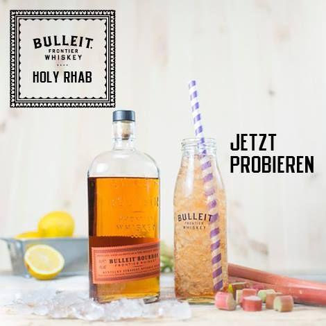 Bulleit Holy Rhab- 4cl Bulleit Bourbon Whiskey, Holunderblütensirup, Zitronensaft, Rhabarbernektar.