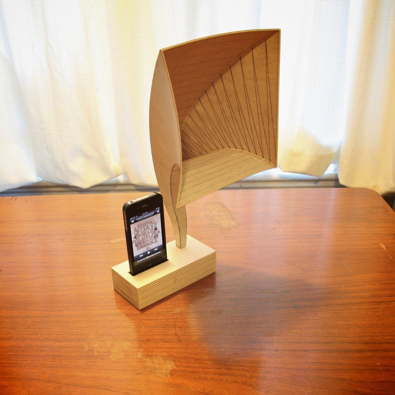Noel's DIY Plywood iVictrola Speaker Project | Diy tech ...