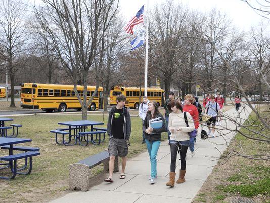 Docs urge delayed school start times for teens