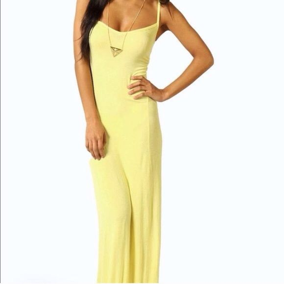 b9fedc70fc Boohoo Lucy Strappy Cross Over Back Maxi Dress BNWT never worn, just a bit  long on me. I'm 5'5