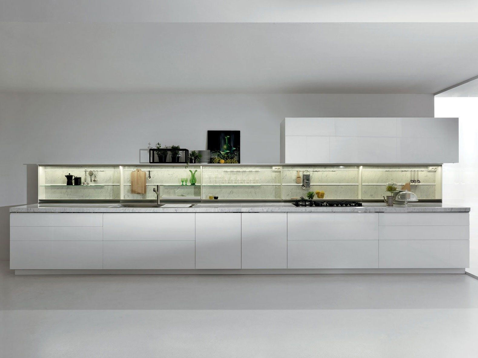 Fitted kitchen with integrated handles TRIM by DADA design