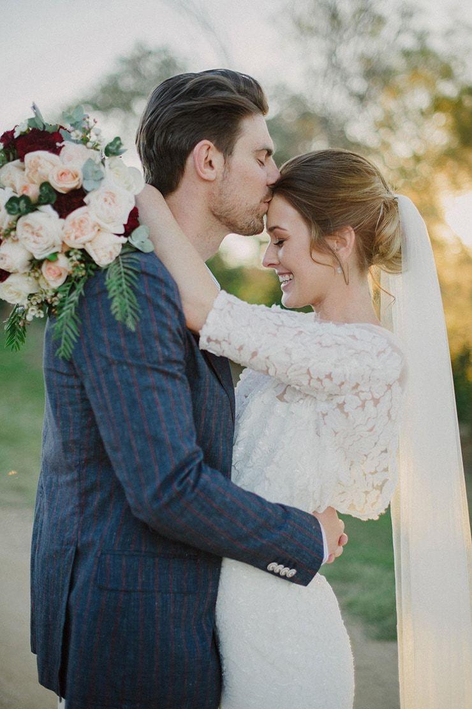 Paige Simon S Relaxed Winter Country Wedding Vintage Wedding Photography Wedding Videographer Fun Wedding Photography