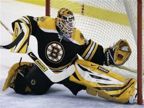 Tim Thomas Glove Save Awesome Photo Boston Bruins Tim Thomas Boston Bruins Hockey