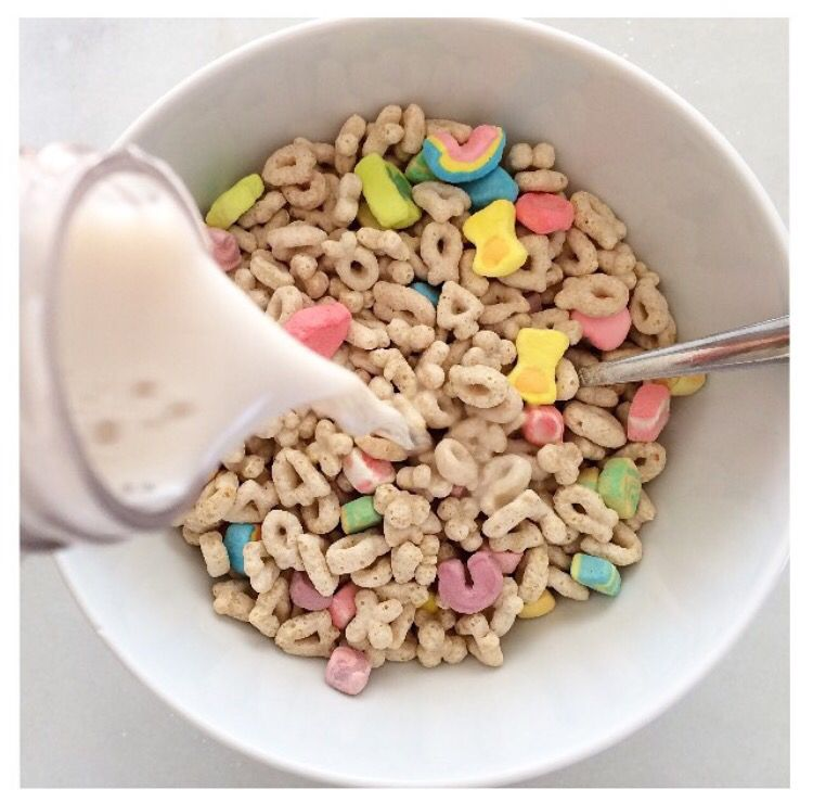 A Bowl Of Lucky Charms And Milk Food Aesthetic Food Lucky Charms Cereal