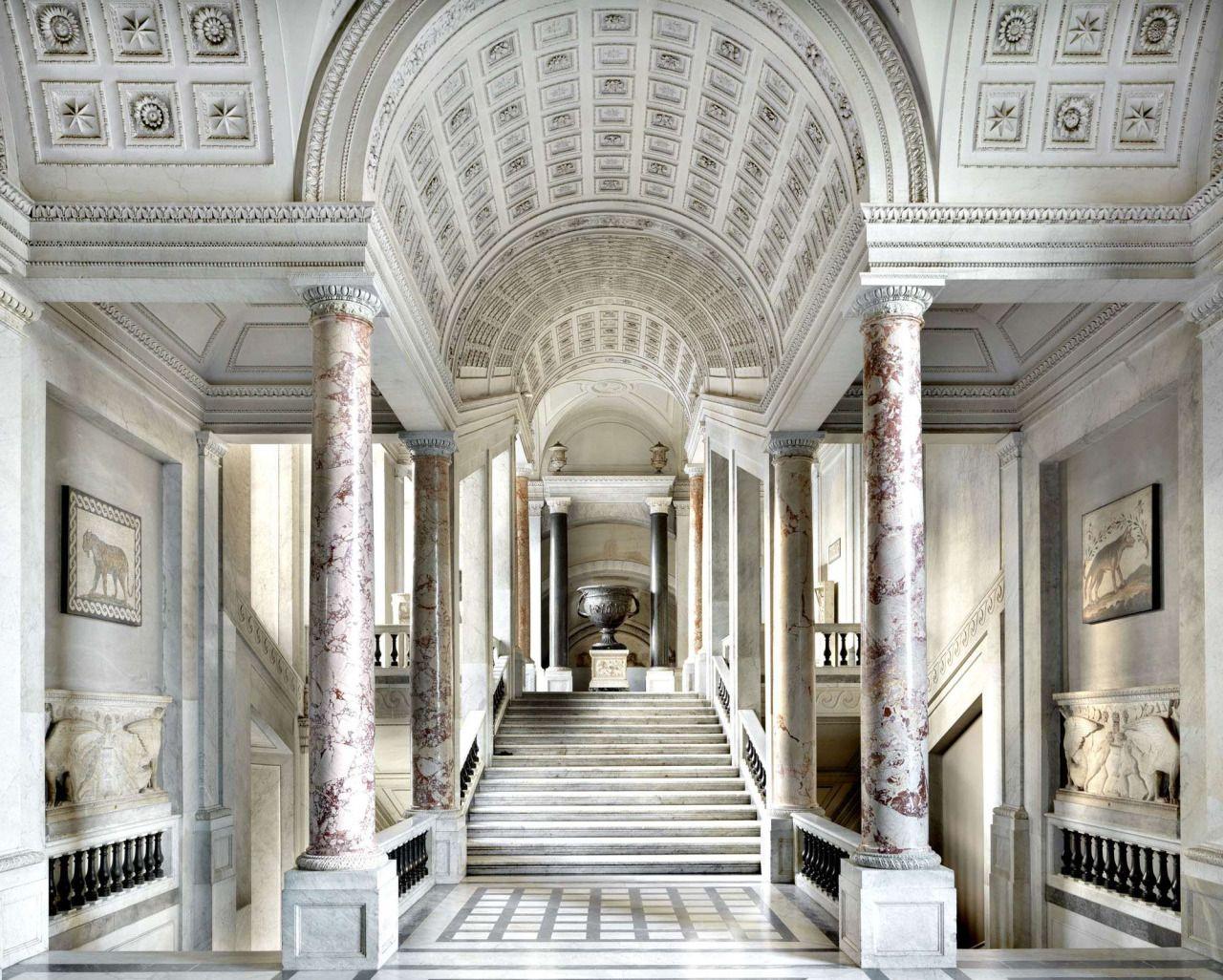 Massimo Listri, Scala Simonetti (Musei Vaticani) Città del Vaticano - Roma