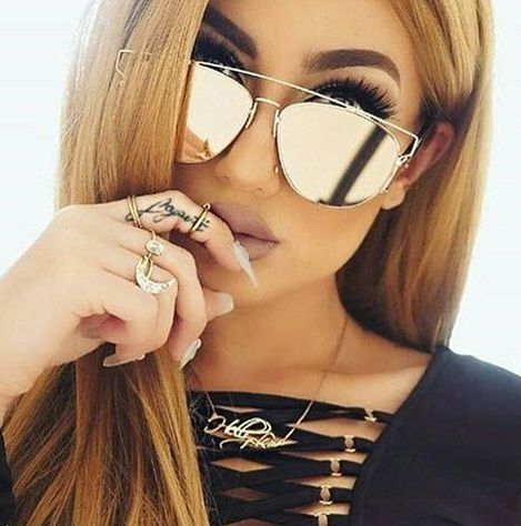 @bg_iris style n fashion - make up on point - brows n nails on fleek - sunglasses