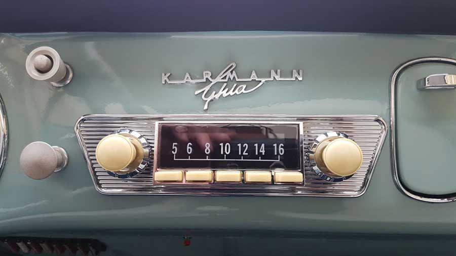 Retrosound Hermosa Ivory VW Karmann Ghia Style Bluetooth USB