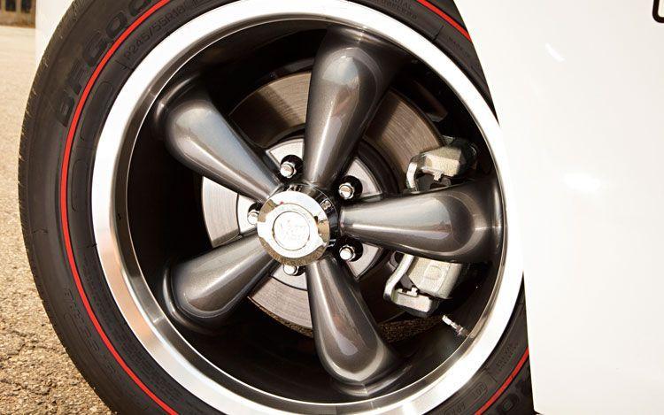 Red Line Tires >> Bf Goodrich Redline Tires On Hurst Camaro Favorite Rollers