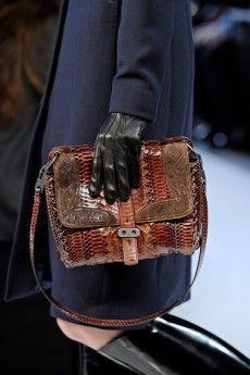71ce56316bf3 Модные кожаные сумки 2017 и фото стильных кожаных женских сумок 2017 ...