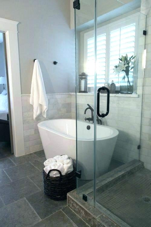 Small Bathroom Remodel Ideas With Tub In 2020 Modern Bathroom Remodel Tiny House Bathroom Bathroom Tub Shower