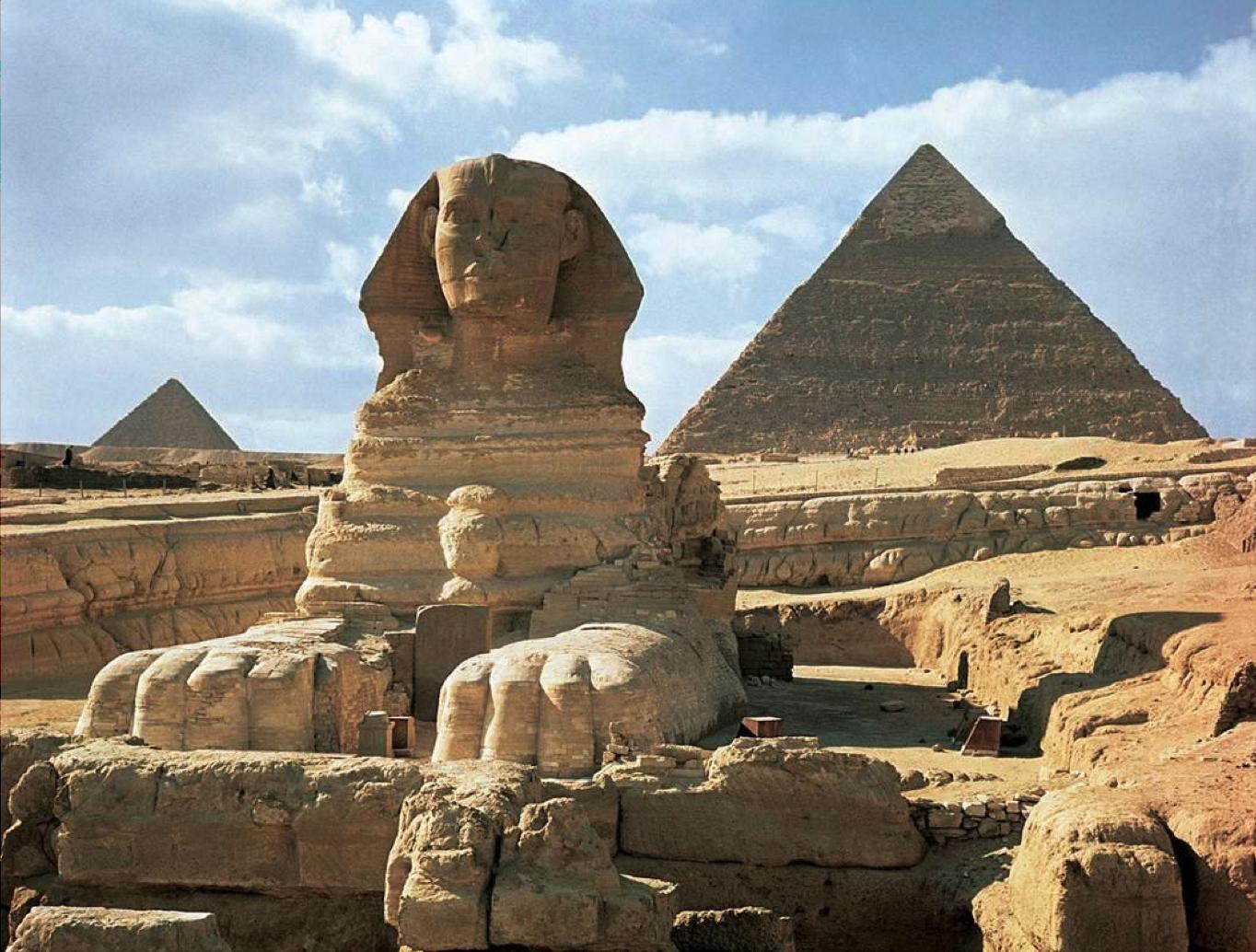 Great Pyramids Menkaura Khafre Khufu And Great Sphinx Giza Egypt Old Kingdom Fourth Dynasty C 2550 2490 Bce Lim Egypt Ap Art History 250 Art History
