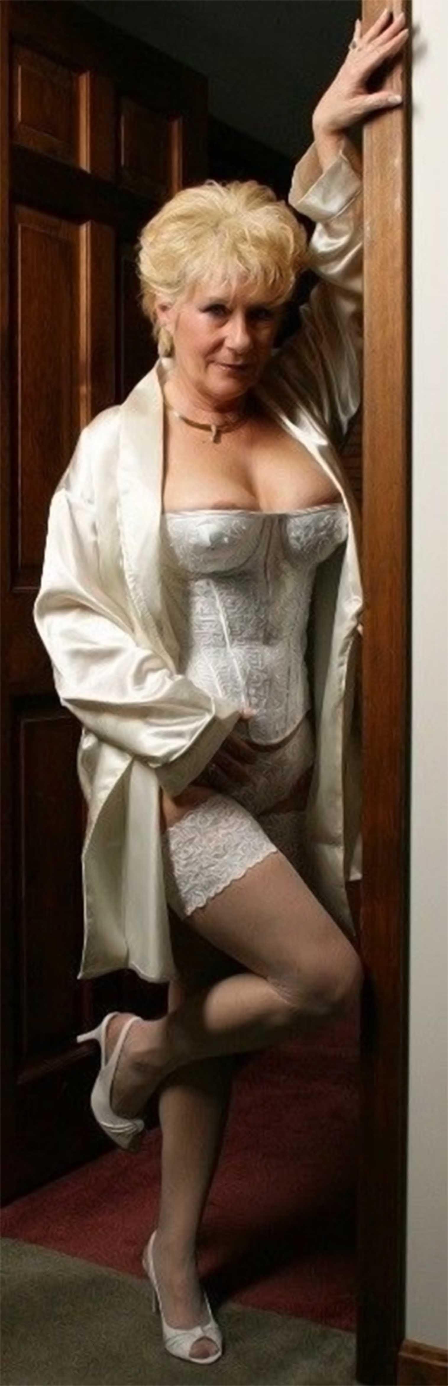 Sexy Elegant Elegant Lingerie Elegant Granny Sexy Lingerie Granny VGUqpzMS