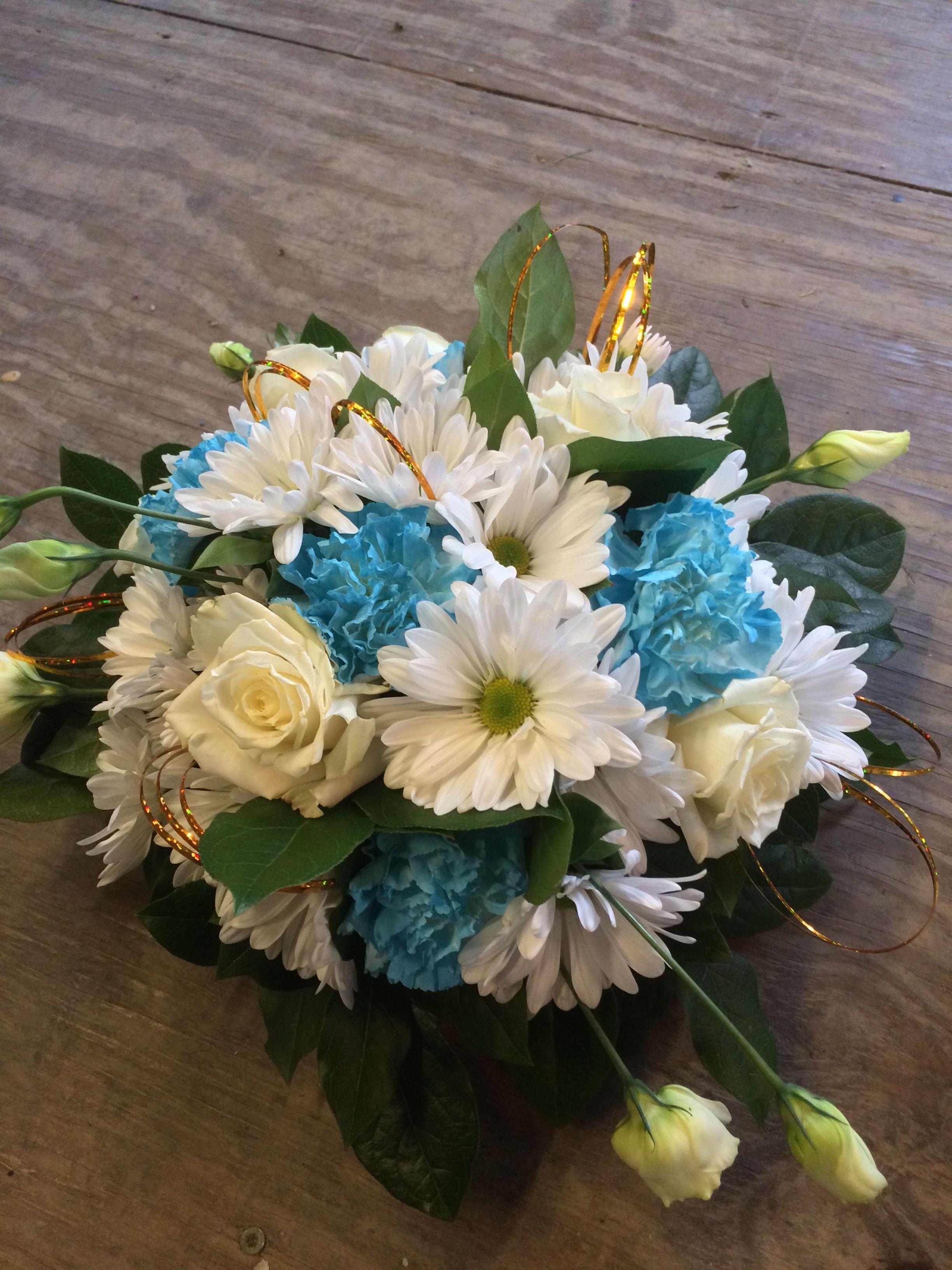 Tiffany blue or ice blue flowers this makes a great wedding bouquet tiffany blue or ice blue flowers this makes a great wedding bouquet or table arrangement brides bouquet izmirmasajfo