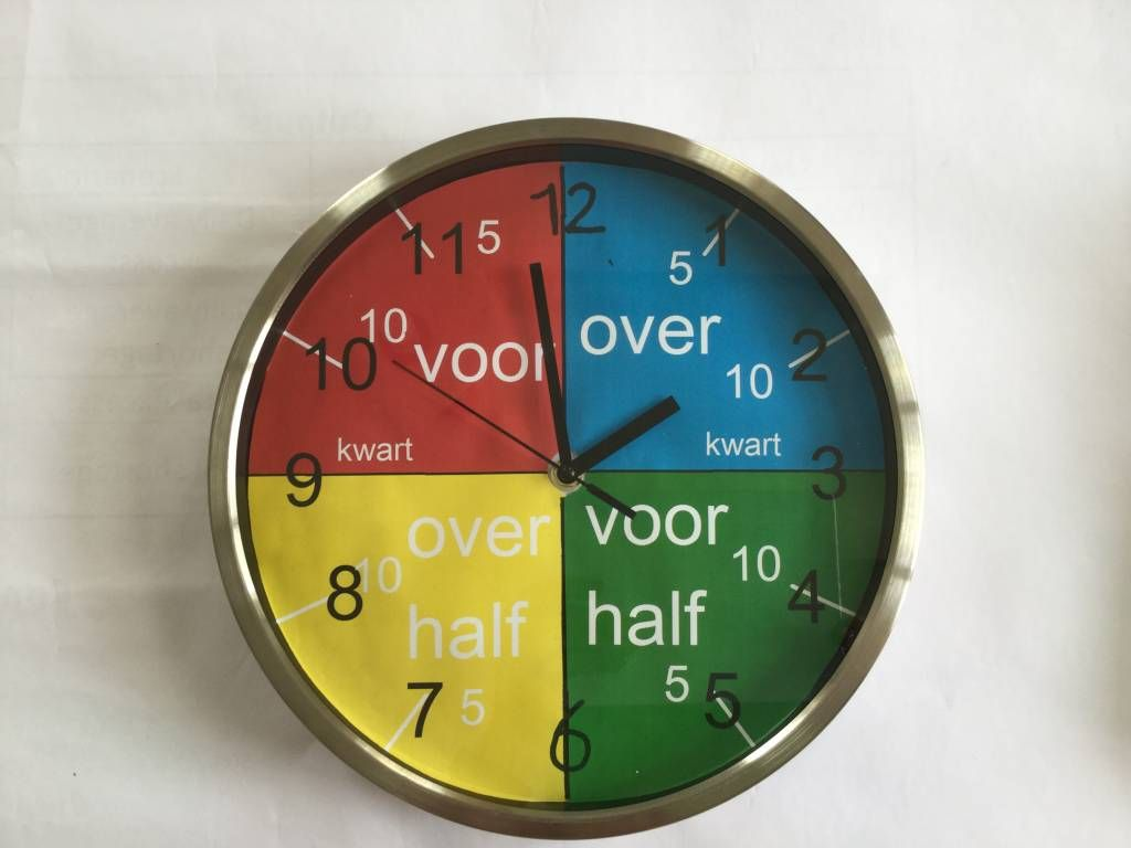 Klokkijken is lastig voor een beelddenker. Hij heeft geen ...