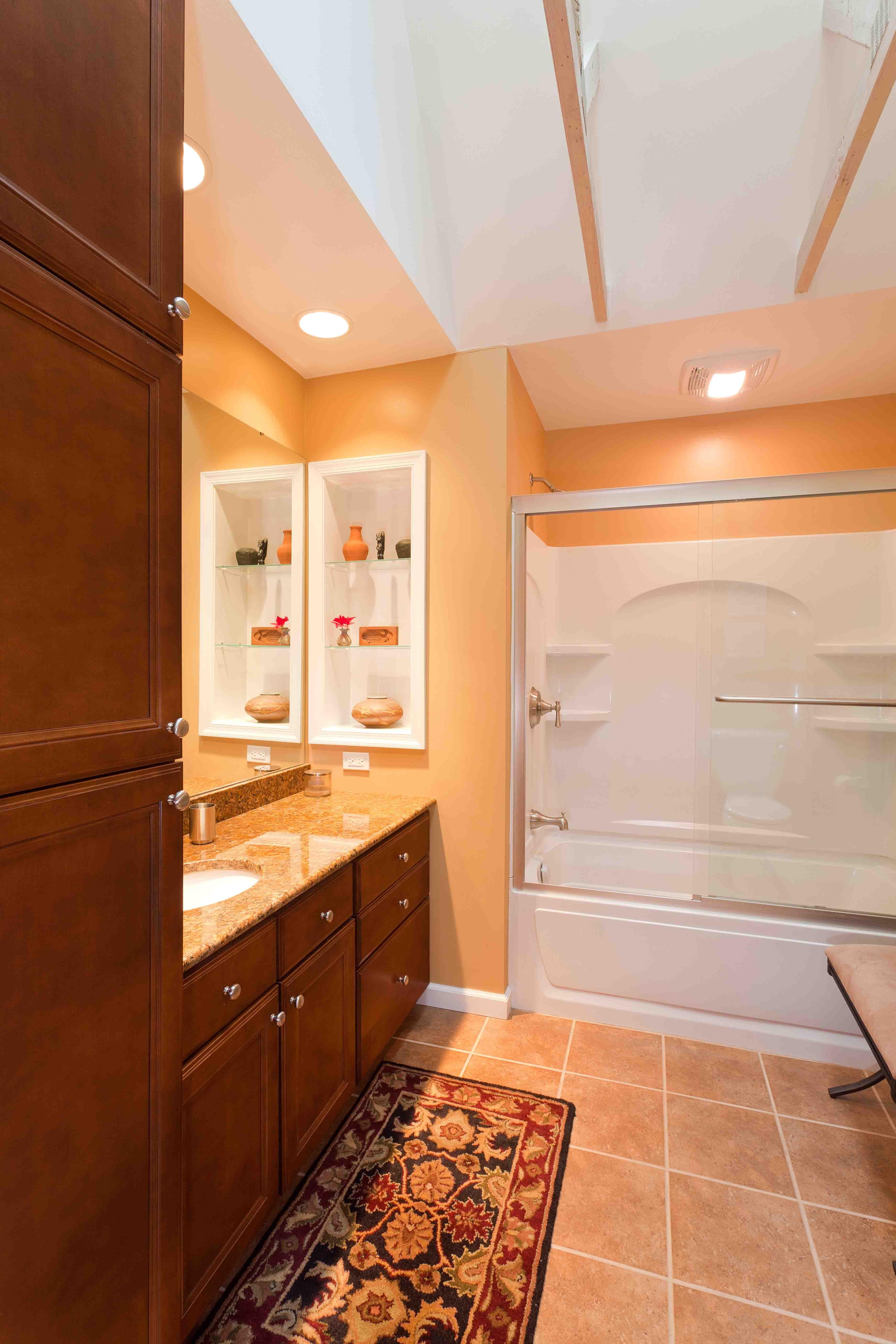 Peach Paint Colors For Bathroom