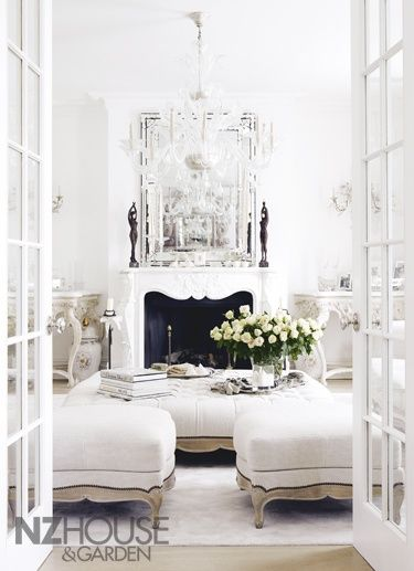 Southern Charm All White Room London Mansion Living