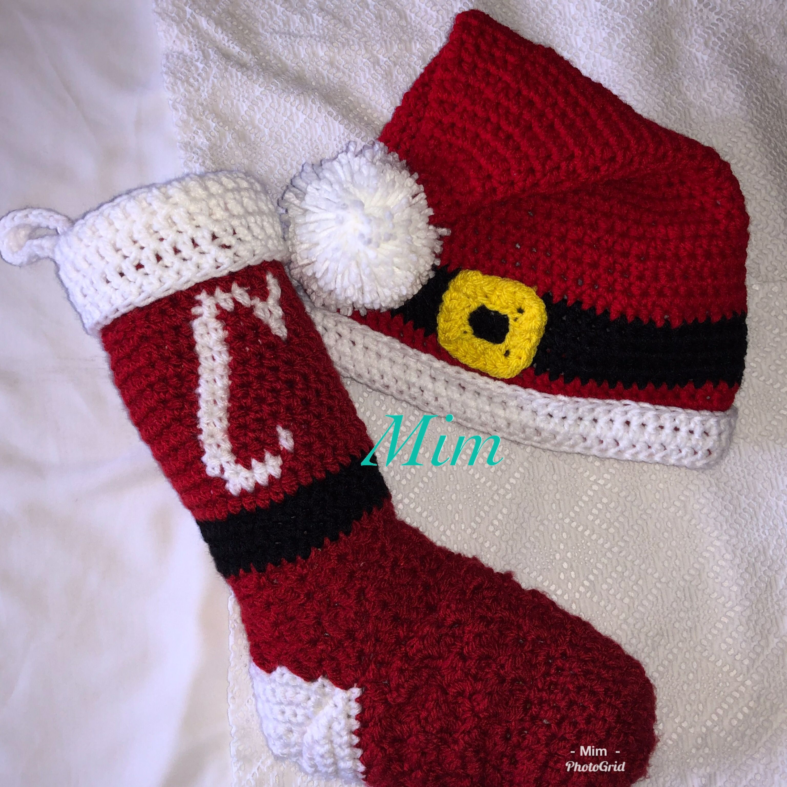 Studio Classic By Nicole Yarn Stocking Inspired By Http Blog Darice Com Holiday Free Crochet Stocking Pat Crochet Stocking Crochet Santa Hat Crochet Santa