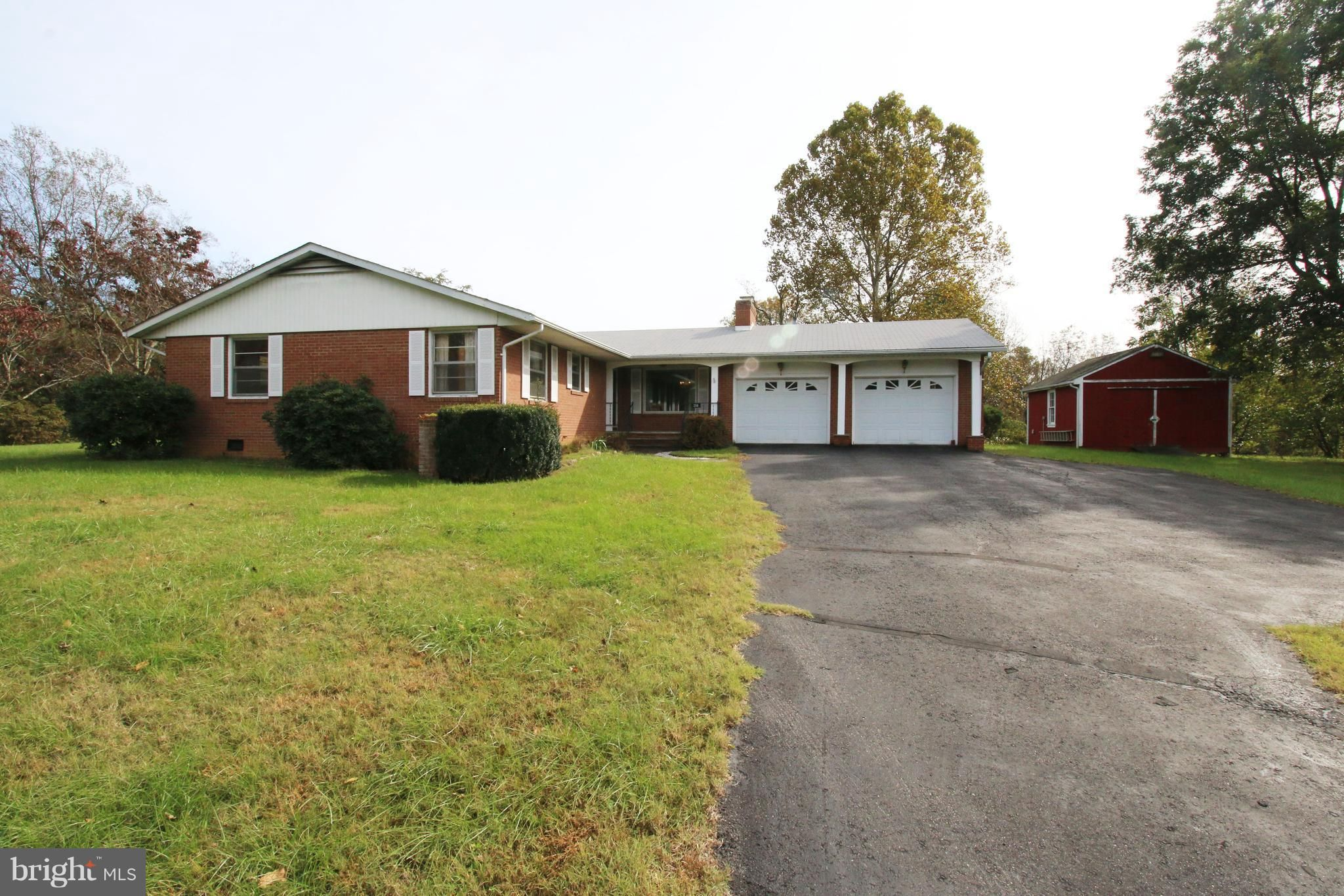 399 900 New Listing A Beautiful Home In A Peaceful Country