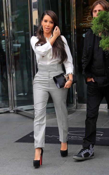 Kim Kardashian Fashion And Style Kim Kardashian Dress Clothes Hairstyle Page 14