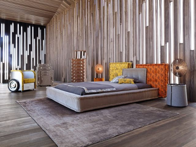 Jean Paul Gaultier Et La Deco Rock Et Couture Dans Les Interieurs Lit Design Mobilier De Chambre A Coucher Deco