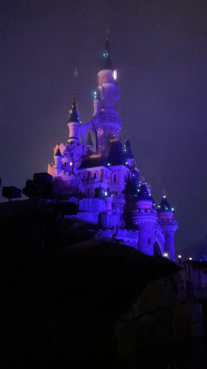 Photo of Das Disneyland Paris wurde vor zwei Jahren 25 Jahre alt und ist ein Park, der se…