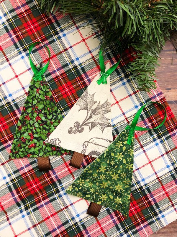 Scrap Fabric Tree Ornaments #scrapfabric