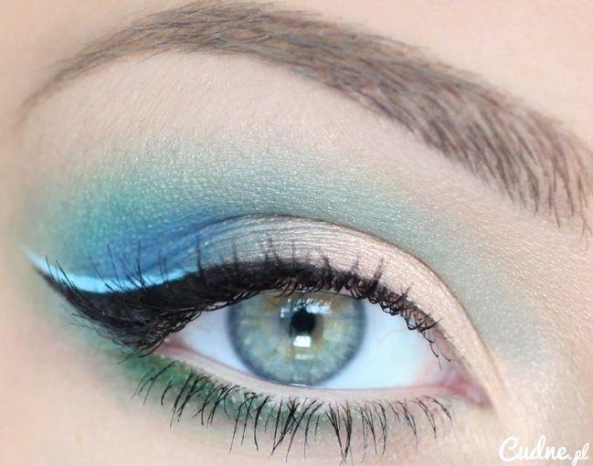 Blue eye, this is so pretty!