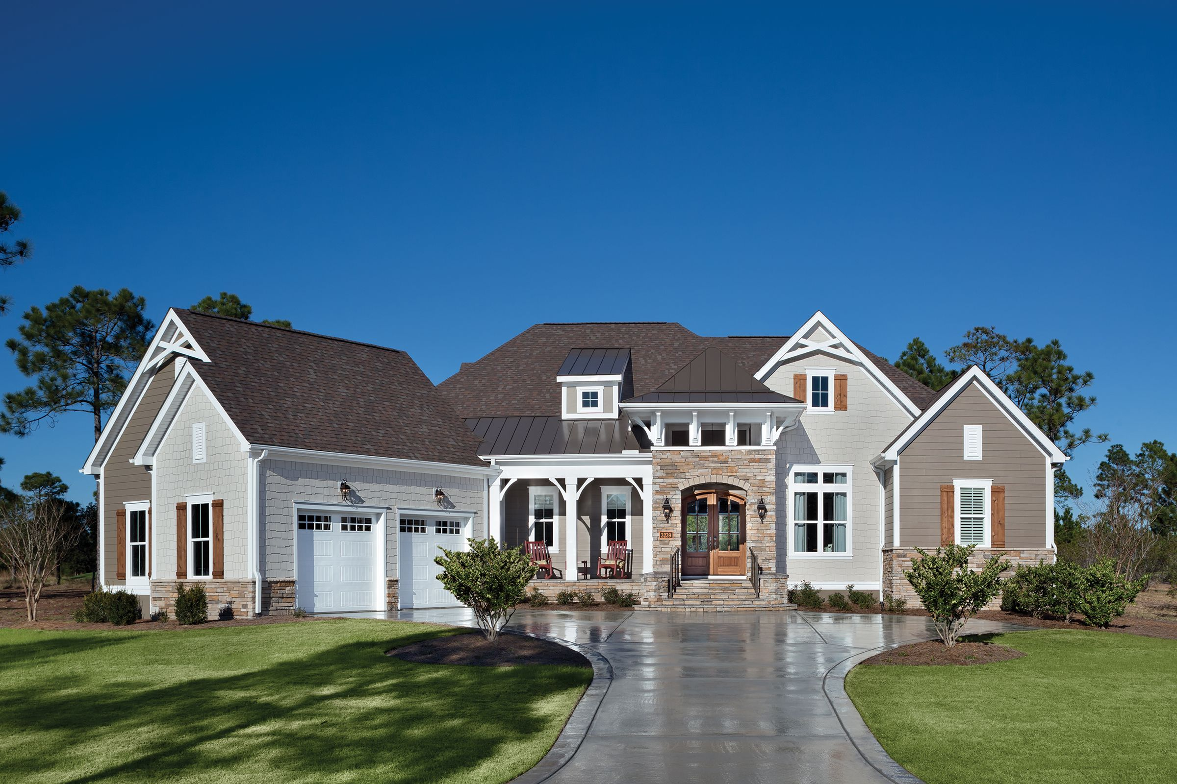 how to find a custom home builder