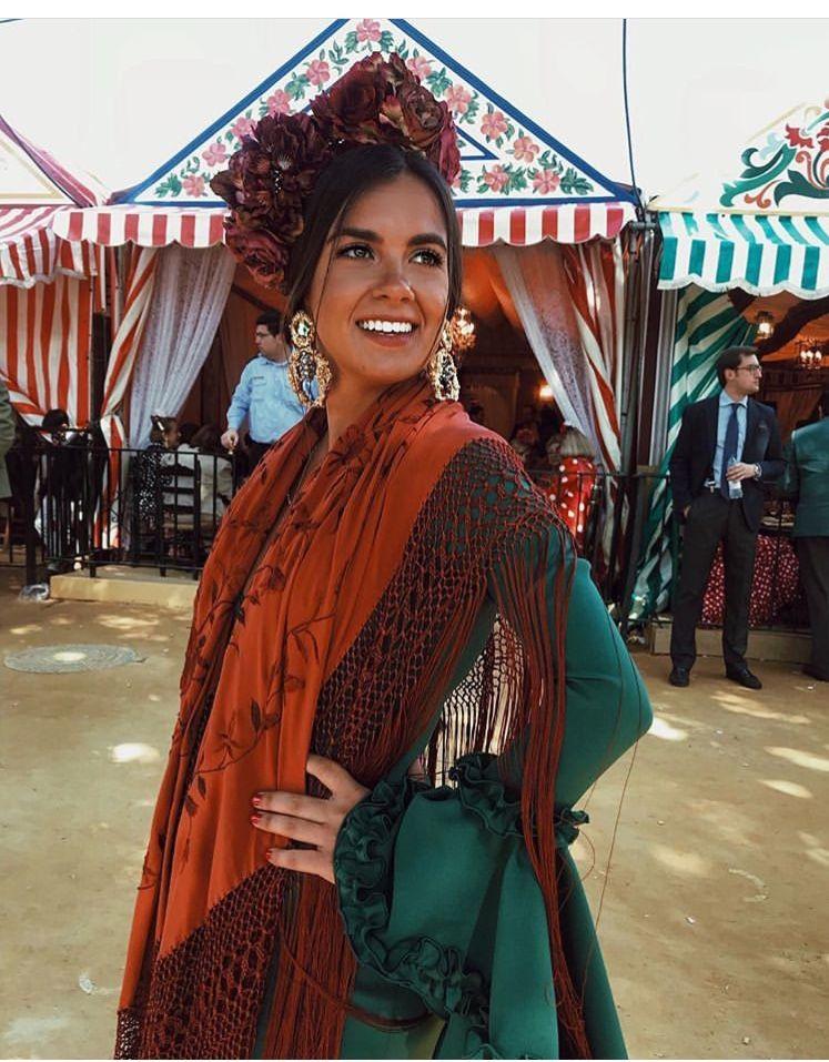 Exquisito peinados de gitana Fotos de consejos de color de pelo - Imagen de Lil en threads | Peinado flamenca, Moda flamenca ...