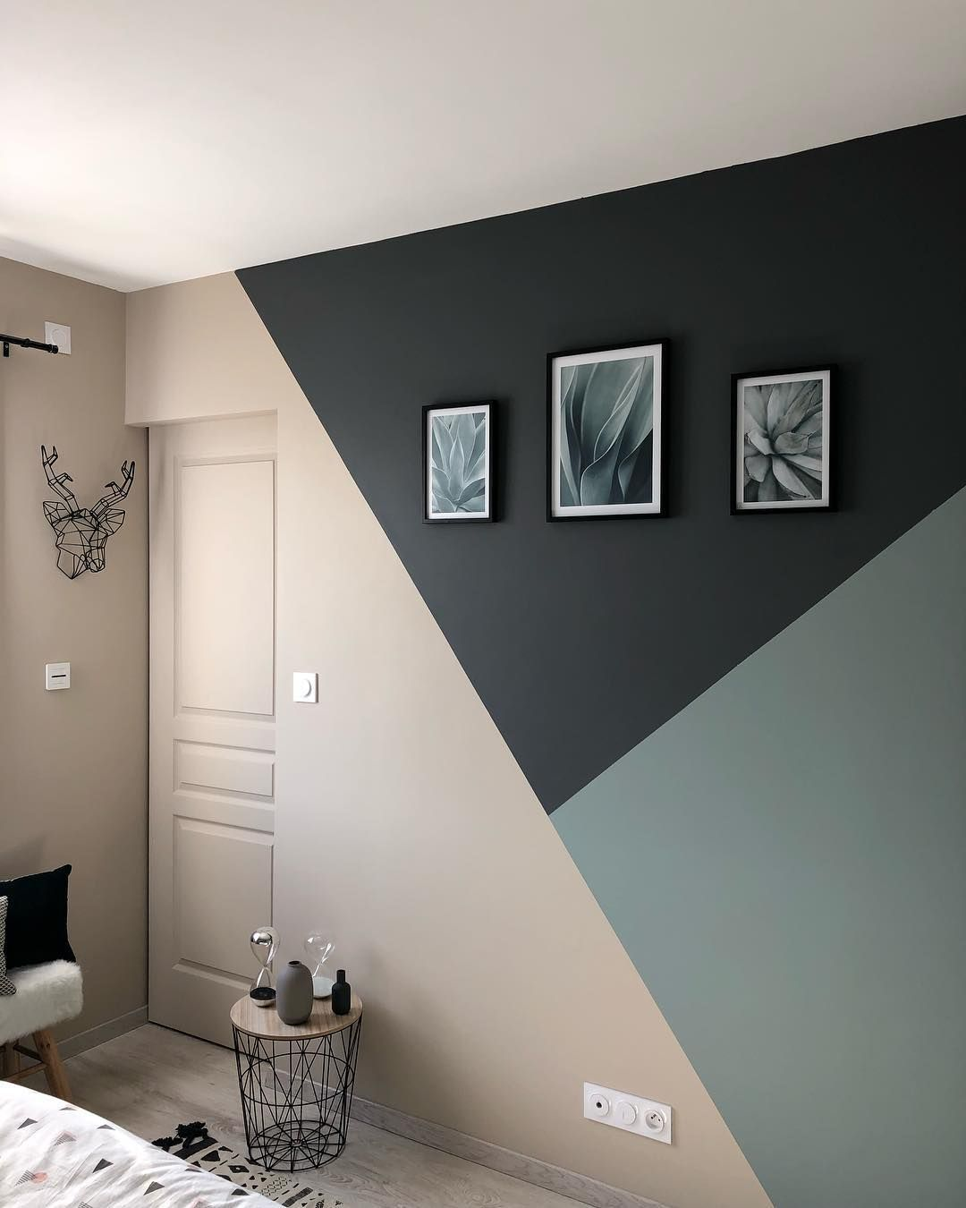 Geometric Shapes: for the lovers of timeless design #wallpaintingideas