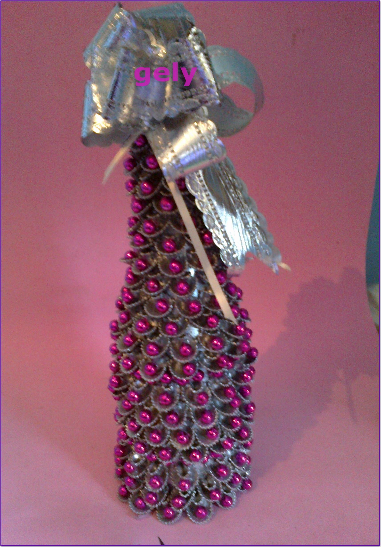 Botellita de champan decorada con pasta margaritas - Botellas de plastico decoradas ...