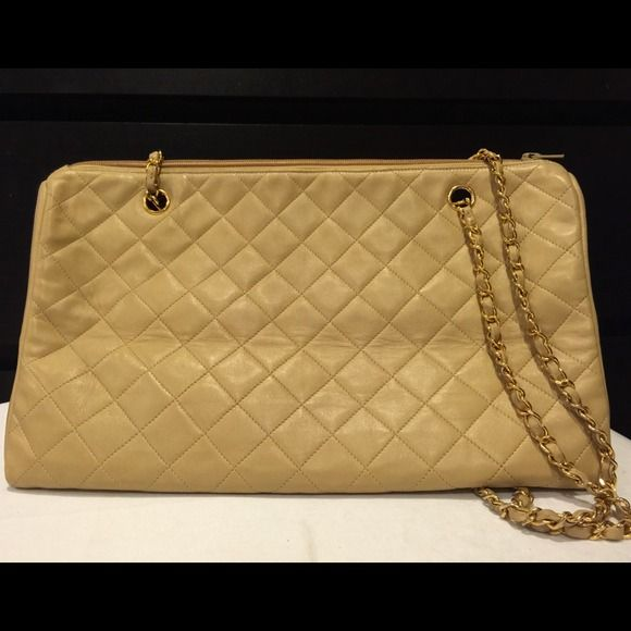 "Authentic CHANEL CC 15 "" Jumbo Quilted Vintage Authentic Chanel CC 15 "" Jumbo Quilted Chain Shoulder Bag Beige Leather . Good Condition. SKU Number TCV 01415(20) 15.0 /8.7/7.9 CHANEL Bags"