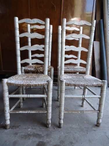 Antiguas sillas de madera con asiento tapizado en paja - Tapizado de sillas antiguas ...