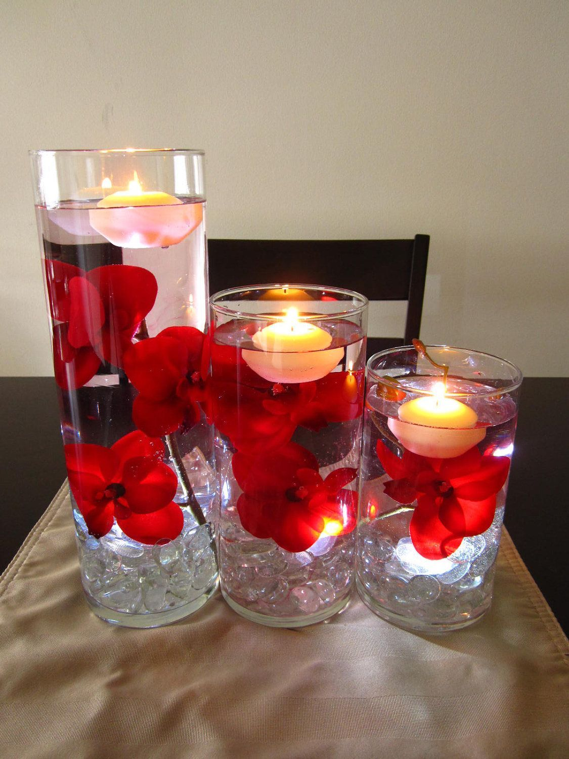 Floating candle centerpiece kit with artificial red