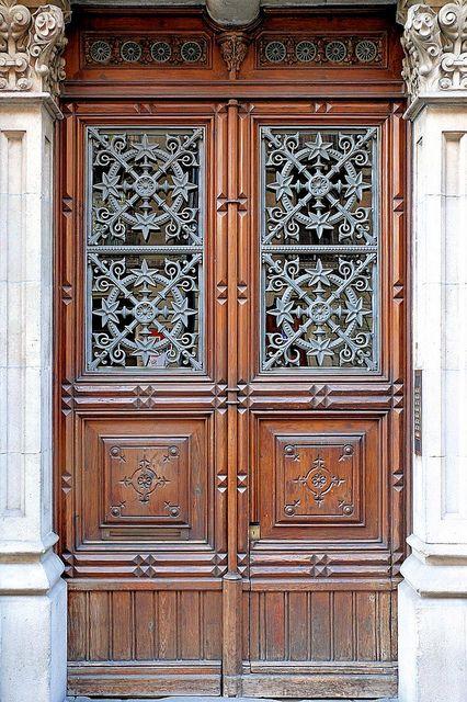 Barcelona consell de cent 321 d 1 puertas de entrada - Puertas madera barcelona ...